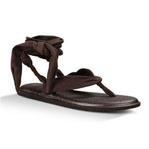 Sanuk Yoga Slinged Up Gladiator Dark Brown Sandals
